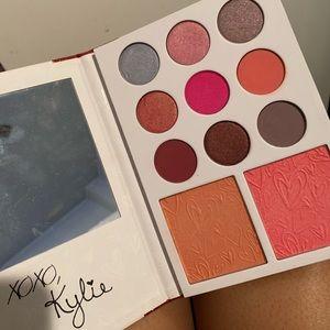 Kylie Cosmetics Valentines Day Palette